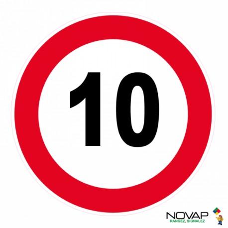 Panneau de signalisation - Vitesse limitée à 10 km/h