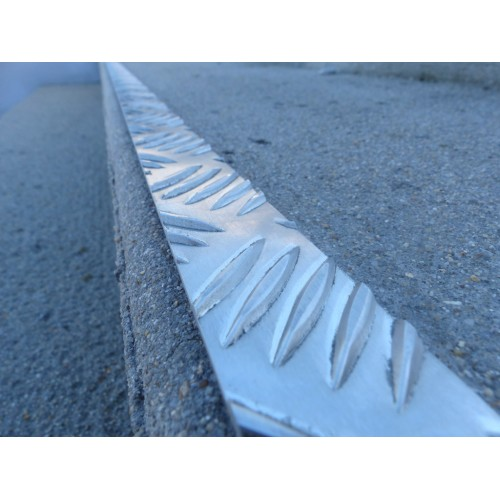Profil plat alu larmé 2 m - LOT DE 10 - intérieur et extérieur
