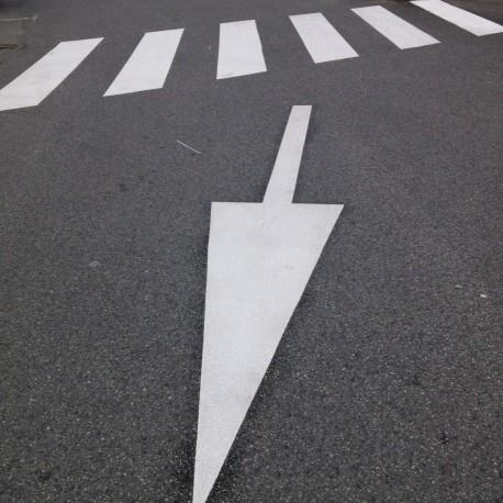 """Flèche """"tout droit"""" 2m ou 4m - T-SIGN"""